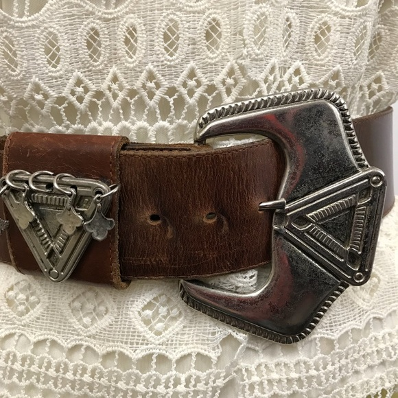 Accessories - Leather belt with large silver buckle hippie boho